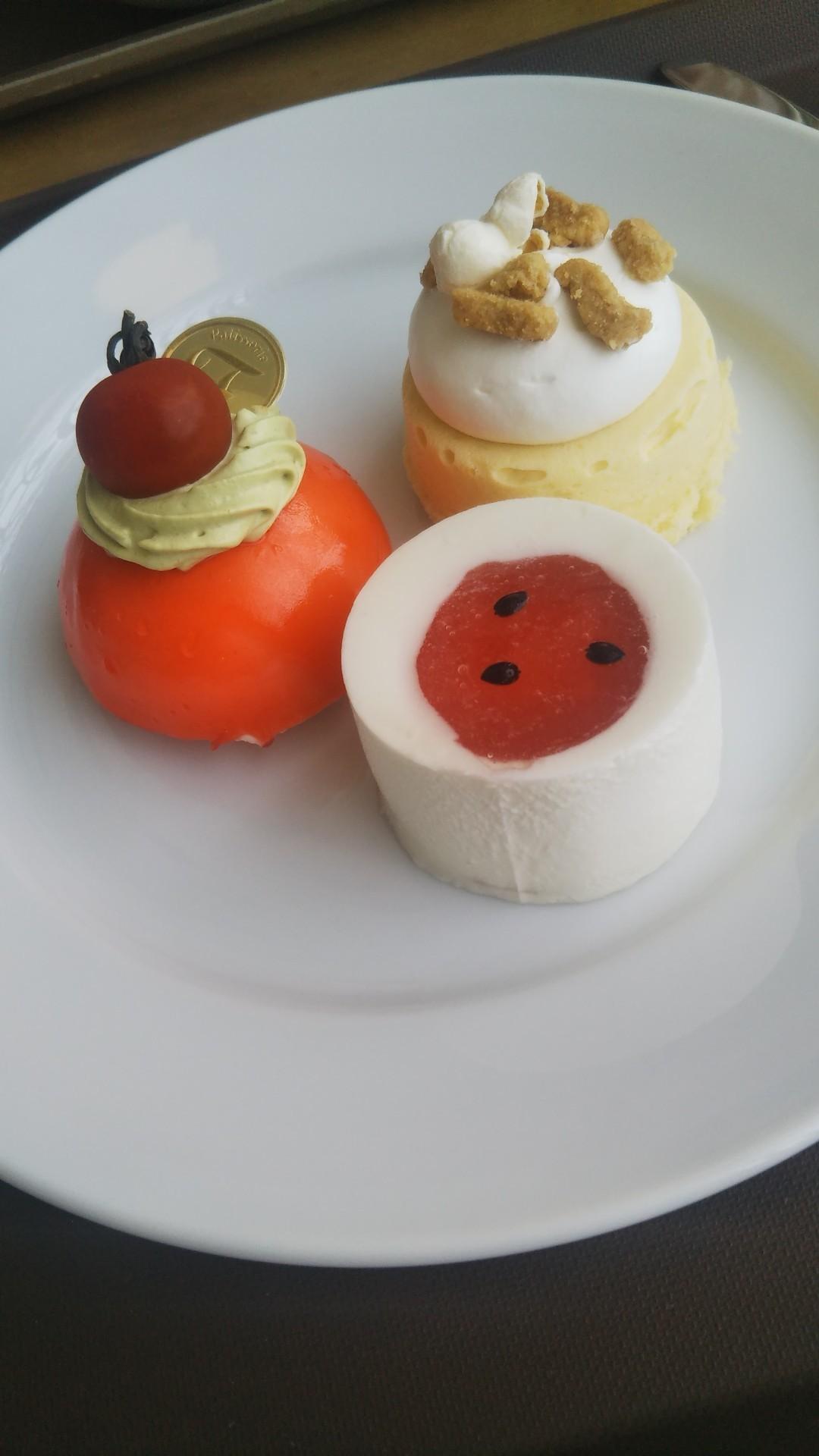 シャトレーゼ ガトーキングダムサッポロ ヴィーニュ Dessert Buffet~夏のべジスイーツフェア~_f0076001_23463141.jpg
