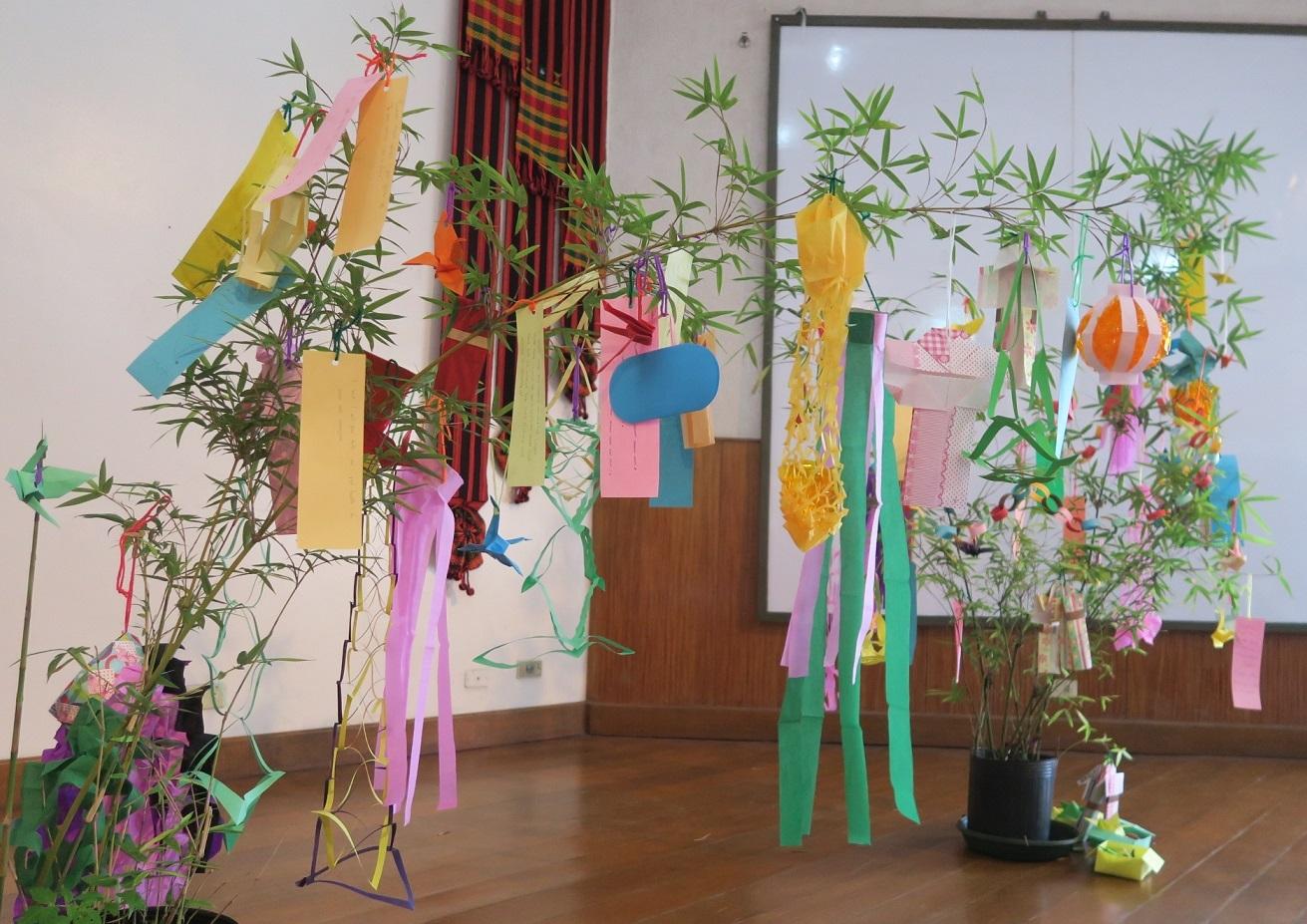 七夕飾りづくり & 長崎・大浦天主堂紙模型づくり ワークショップ Tanabata & Nagasaki Oura Church paper craft workshop_a0109542_12214888.jpg