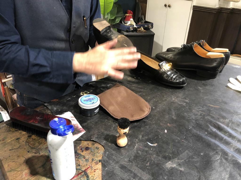 ブログ『サルでも分かる靴磨きの超基本~特にクリームの量とブラシのかけ方!』_b0365069_18481457.jpg