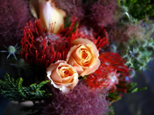 一週間に一度、定期的にお届けしている花束。2019/07/08。_b0171193_17281592.jpg