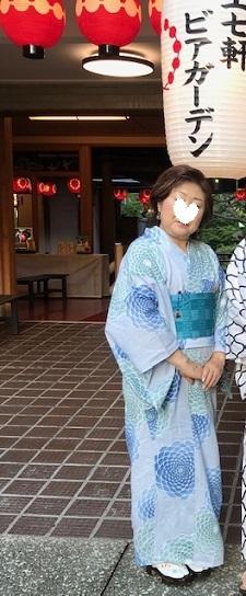 ビアガーデン・誉田屋源兵衛浴衣に木屋太御召半幅帯。_f0181251_12350540.jpg
