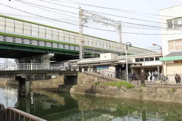 京阪藤森駅_c0001670_20525449.jpg