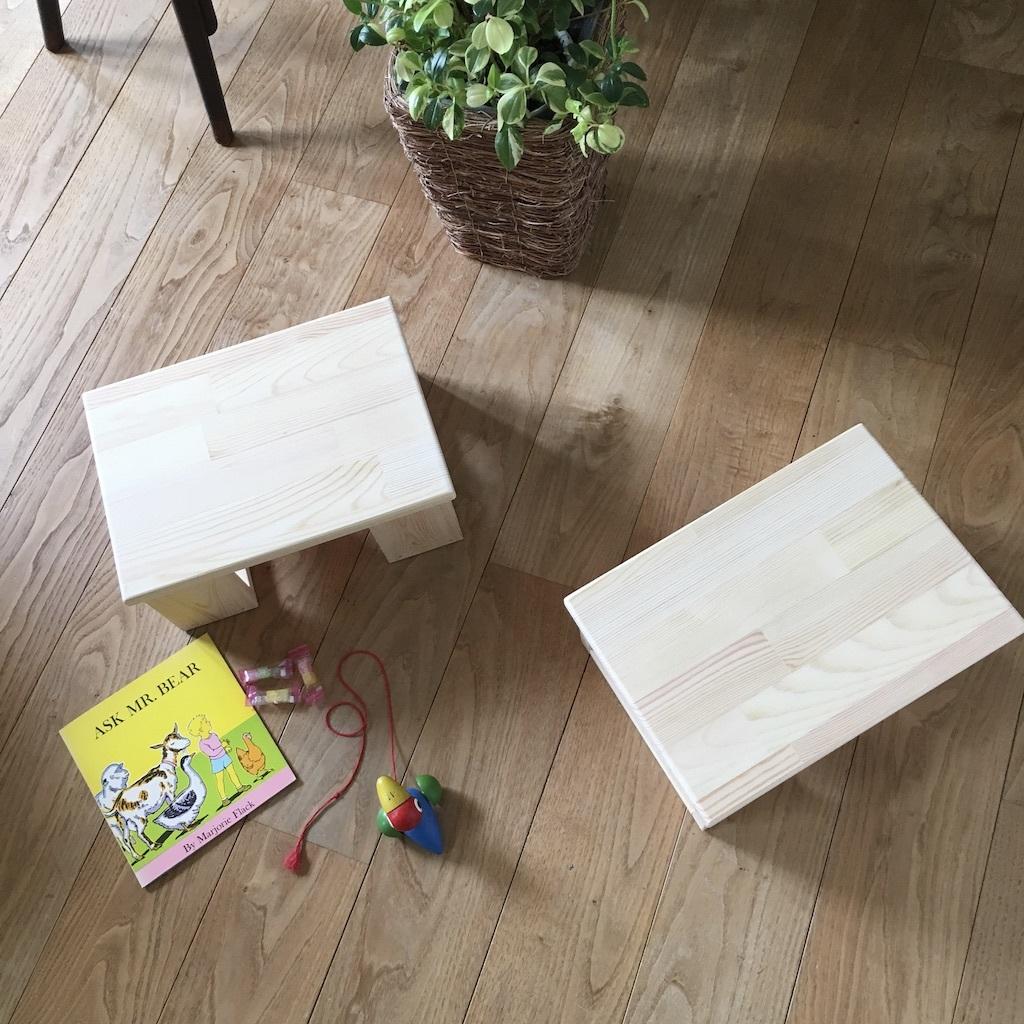 お子さま用のテーブルとベンチ & 梅雨の晴れ間_c0334574_20083184.jpg