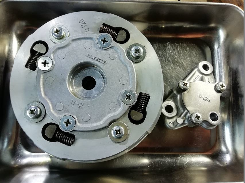 FIカブのジャンクエンジン検証_b0080681_21005638.jpg