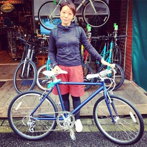 ☆本日のバイシクルガール☆ 自転車女子 自転車ガール ミニベロ クロスバイク ライトウェイ トーキョーバイク シュウイン ラレー ブルーノ おしゃれ自転車 マリン ターン シェファード_b0212032_16120665.jpeg
