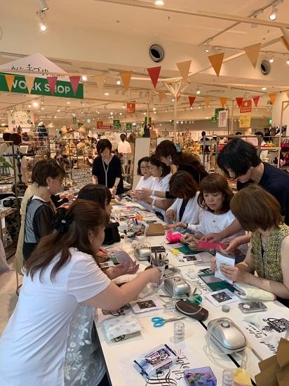昨日は阪神百貨店ゲストワークでした!_b0310144_16444659.jpg