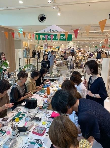昨日は阪神百貨店ゲストワークでした!_b0310144_16445695.jpg