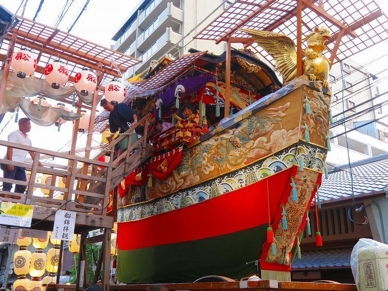 祇園祭「駒形提灯を掲げた山鉾」の紹介20190716_e0237645_21342933.jpg