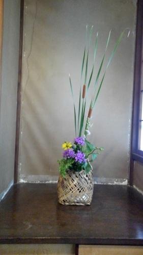 邸内に生けられた花 7月_d0344754_18444499.jpg