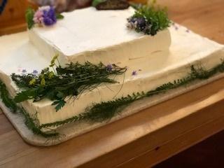 ウエディングパーティーのケーキとハーブ_e0202773_17173247.jpg