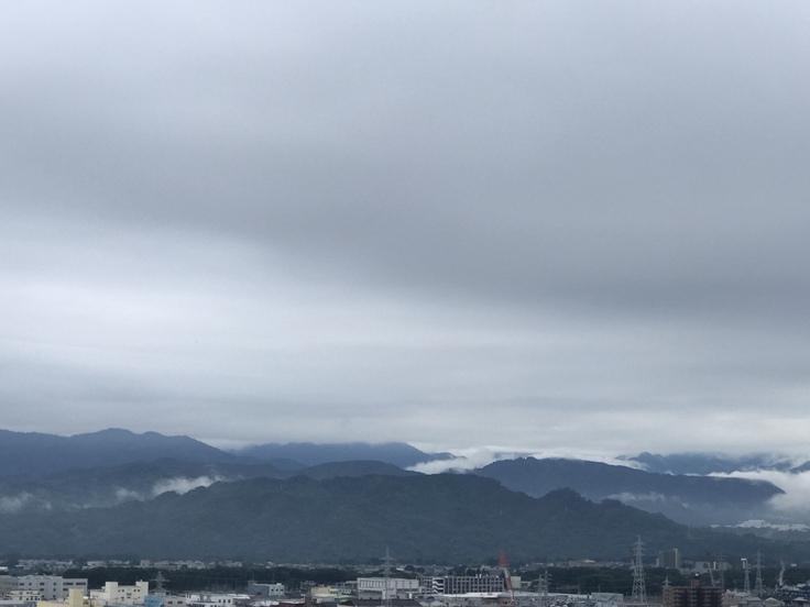 今日も曇り空です。_c0212604_7192534.jpg