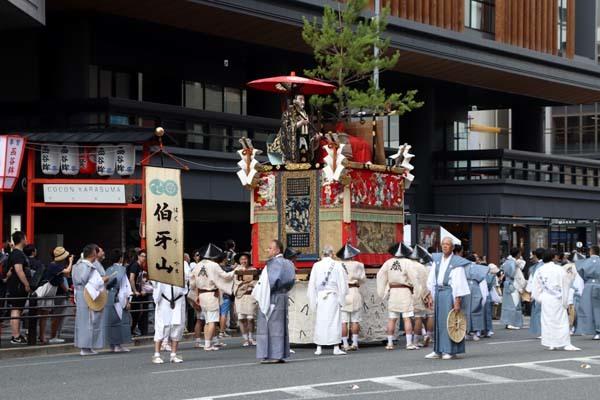 祇園祭山鉾巡行 先祭り_e0048413_22550502.jpg
