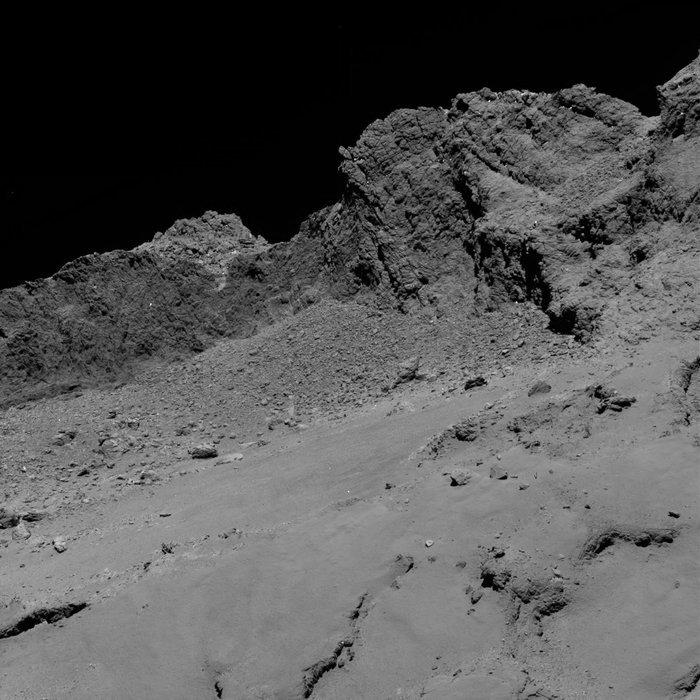 彗星探査機ロゼッタが16kmの距離から捉えたチュリュモフ・ゲラシメンコ彗星_d0063814_10393063.jpg