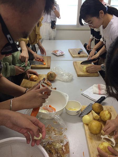 今年も中国からの留学生達_f0101174_19151213.jpg