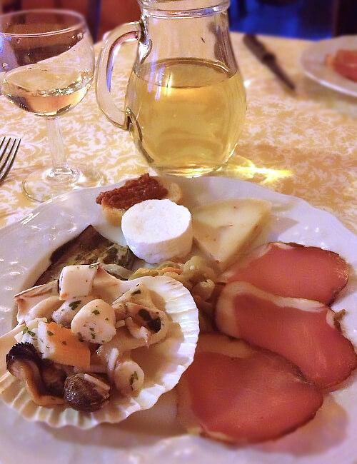 サンタ・セヴェリーナ2. カラブリアの赤くて美味しいもう1つのモノ_f0205783_20225417.jpg