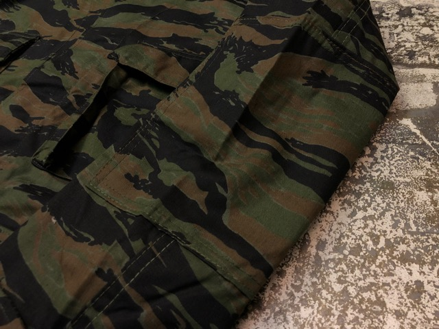 7月20日(土)マグネッツ大阪店スーペリア入荷!!#1  Military DeadStock編!! TigerStripe & 70\'s U.S.Army T-Shirt!!_c0078587_20345322.jpg