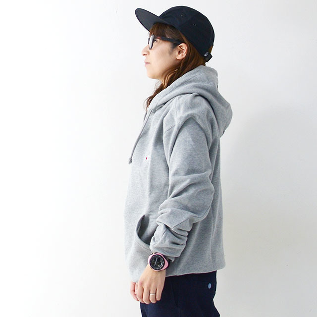 CHAMPION チャンピオン パーカー PULLOVER HOODED SWEATSHIRT ONE POINT [C3-C118] プルオーバー フーデッド /LADY\'S_f0051306_17153007.jpg
