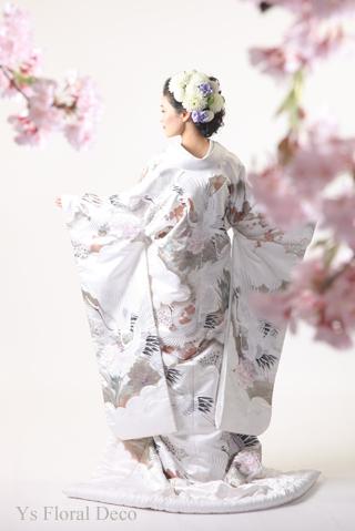 白地の打掛に 白ベースに薄紫の挿し色のヘッドドレス_b0113510_08494980.jpg