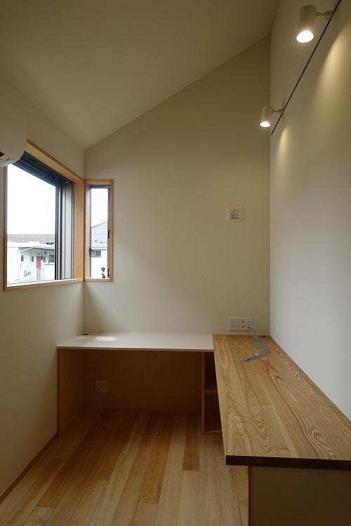 『アトリエのある家』完成見学会のお知らせ_b0142417_14203717.jpg