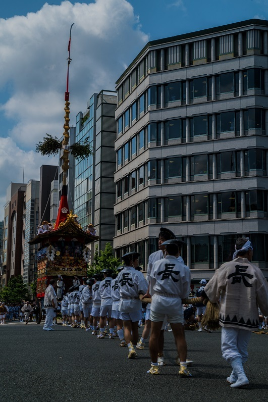 祇園祭・前祭~山鉾巡行(長刀鉾~鶏鉾)_e0363038_11341545.jpg