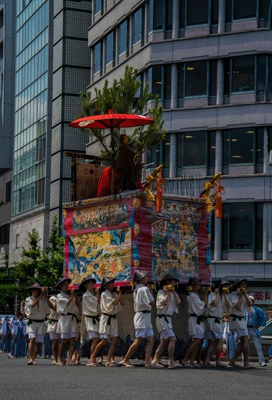 祇園祭・前祭~山鉾巡行(長刀鉾~鶏鉾)_e0363038_11343321.jpg
