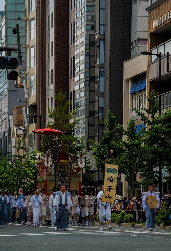 祇園祭・前祭~山鉾巡行(長刀鉾~鶏鉾)_e0363038_11345175.jpg