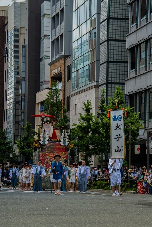 祇園祭・前祭~山鉾巡行(長刀鉾~鶏鉾)_e0363038_11351067.jpg