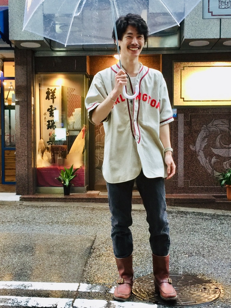 マグネッツ神戸店 特別な雰囲気を楽しめるヴィンテージシャツ_c0078587_15354597.jpg