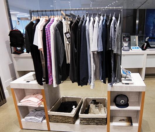 発見のためにデザインされた店、b8ta、NYハドソン・ヤード店_b0007805_23280428.jpg