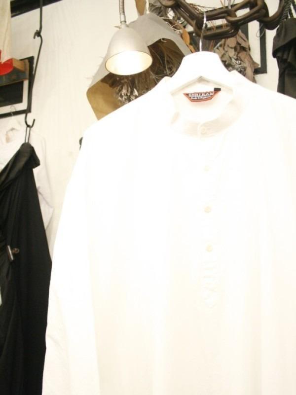 平成最後のヨーロッパ買い付けのオマケ 入荷グランパシャツ、ロングシャツ_f0180307_01232588.jpg