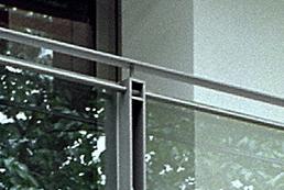 魅力あふれるバルコニー・・・スチールのデザイン手摺_e0010418_11021878.jpg