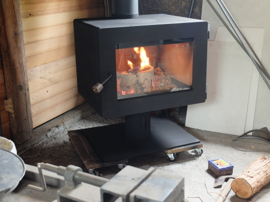 オーダーメイド 薪ストーブの燃焼実験。_a0206732_11443059.jpg