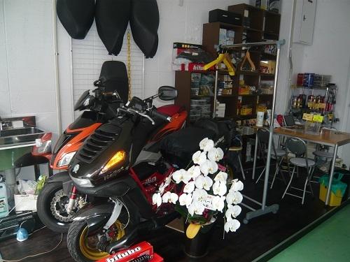 新店舗で、営業しています。_b0020250_11233053.jpg