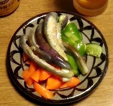 家庭菜園のお野菜、収穫中♪_b0194861_12541887.jpg