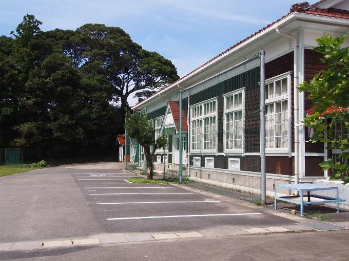 旧波積小学校講堂_f0116479_22181424.jpg