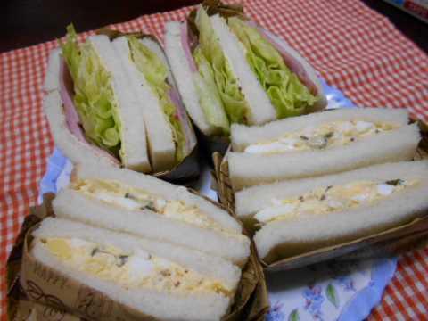 ポテトサラダと焼き豚レタスサンドイッチ&豚肉のしぐれ煮_f0019498_07130320.jpg