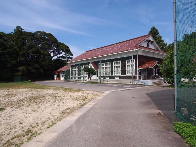 旧波積小学校講堂_f0116479_13015071.jpg