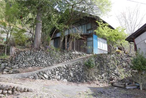 天界の村を歩く2 関東山地 多摩川_d0147406_22330518.jpg