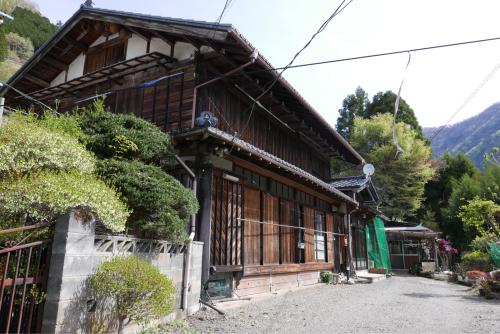 天界の村を歩く2 関東山地 多摩川_d0147406_22331051.jpg