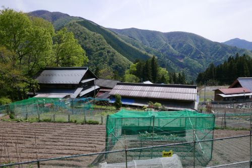 天界の村を歩く2 関東山地 多摩川_d0147406_22352427.jpg