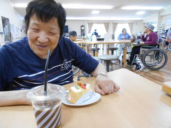 出張喫茶とマンドリン演奏会♪♪_b0234525_17004996.jpg
