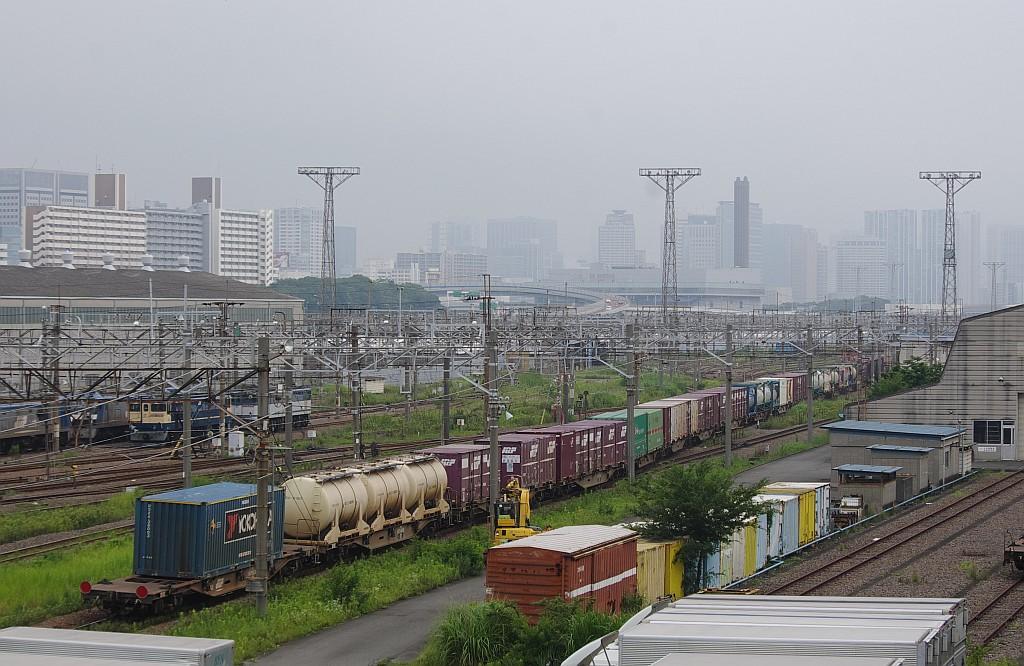 7/20東京貨物ターミナルにて66レのコキとコンテナ_f0203926_16302316.jpg
