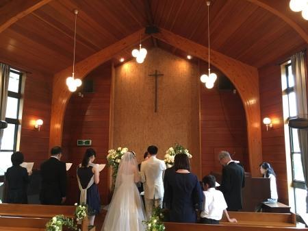 卒花嫁様アルバム 鎌倉泉水教会さまへ、挙式装花   いつも見ていた礼拝堂に_a0042928_23143570.jpeg