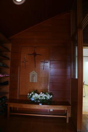 卒花嫁様アルバム 鎌倉泉水教会さまへ、挙式装花   いつも見ていた礼拝堂に_a0042928_23260319.jpg