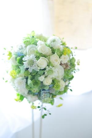 卒花嫁様アルバム 鎌倉泉水教会さまへ、挙式装花   いつも見ていた礼拝堂に_a0042928_23303954.jpg
