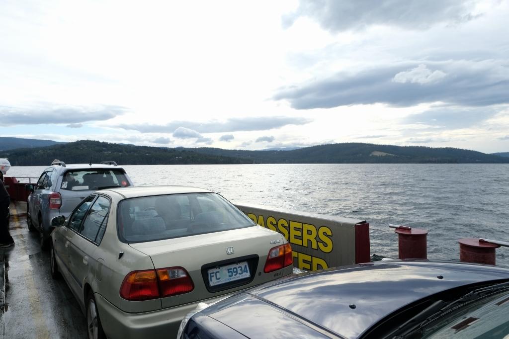 キャンプの朝 Bluny Island  Tasmania  6月28日_f0050534_23362348.jpg