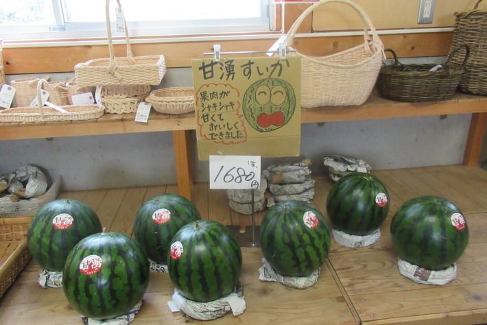 楽市【毎夏恒例、野菜がさみしくなってきました・・・】_f0227434_16525875.jpg