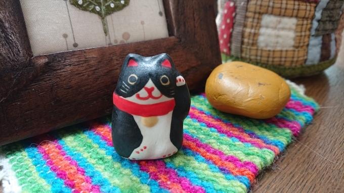 ハチワレの招き猫♪_f0374160_21325060.jpg