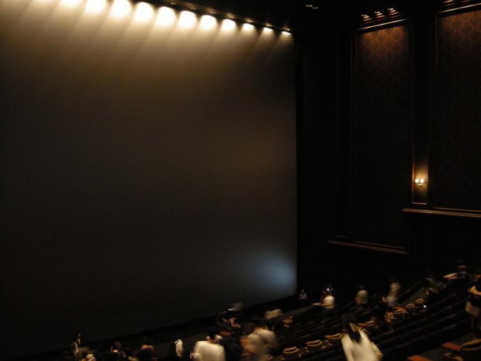 池袋 グランドシネマサンシャイン シアター12 日本最大のimaxスクリーン おすすめの席を考える T Kamo De Tokyo