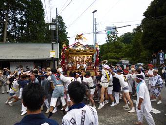 山ノ内のお祭り_c0195909_10400248.jpg